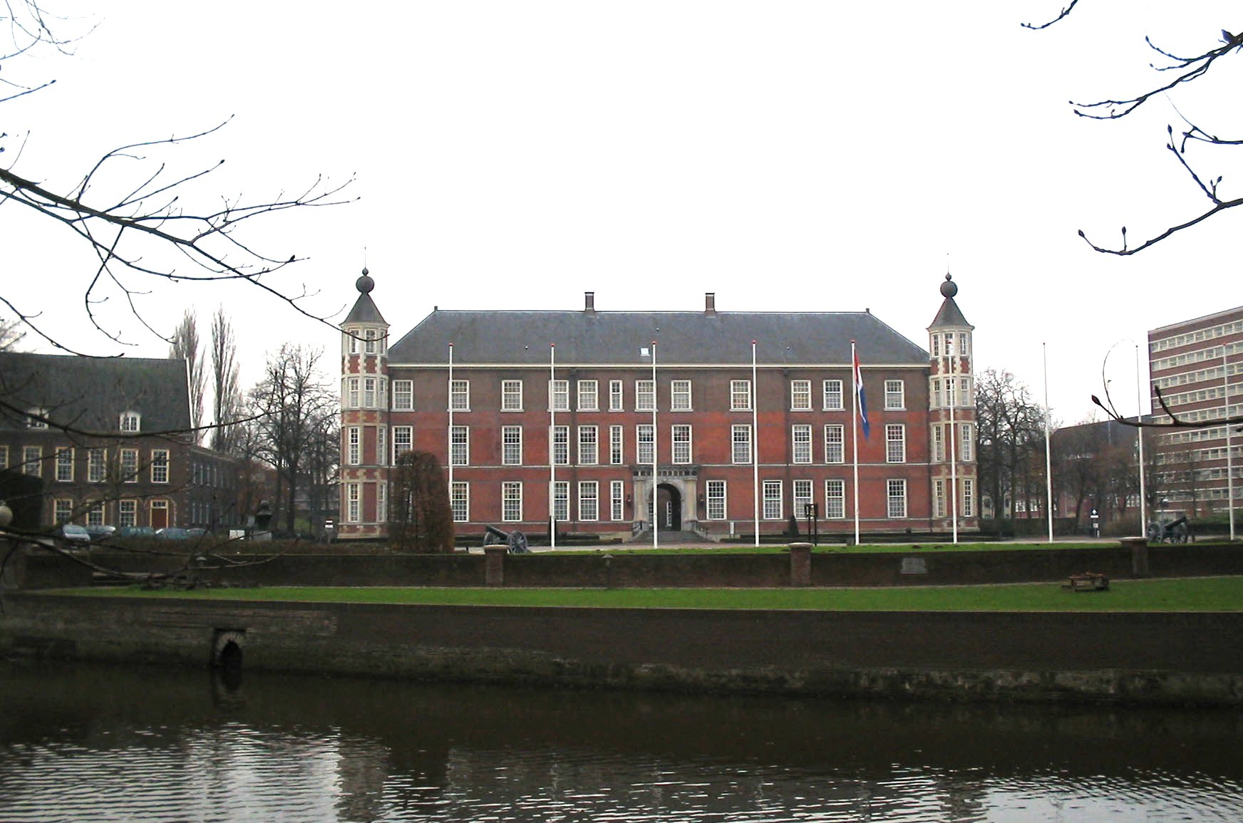 Breda Castle long distance taxi route stop from Paris to Amsterdam