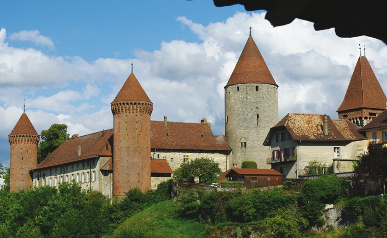 Chenaux Castle long distance private transfer route stop from Paris to Bern