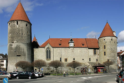 Yverdon Castle long distance private transfer route stop from Paris to Bern