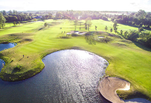 Damme Golf & Country Club long distance taxi route stop from Paris to Bruges