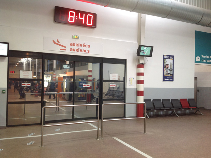 Beauvais airport Terminal 2 exit from the luggage claim area