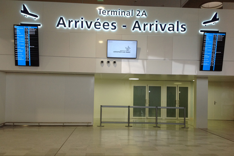 Charles de Gaulle airport Terminal 2A arrivals meeting point